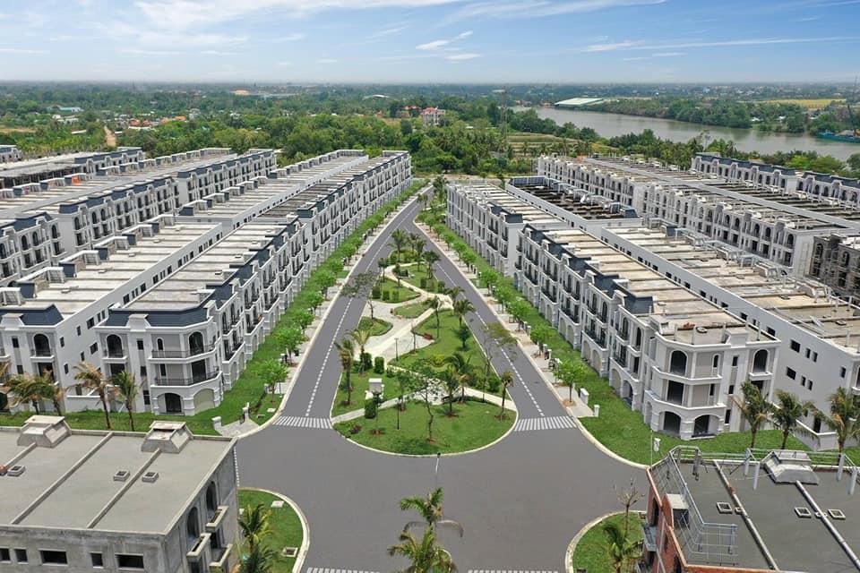 Nhà phố vườn tại khu đô thị La Villa Green City nằm bên bờ sông Vàm Cỏ